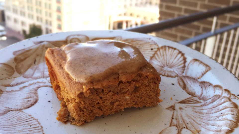 Pumpkin Pie Protein Bars with almond butter